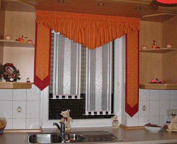 Шторы в кухню 23