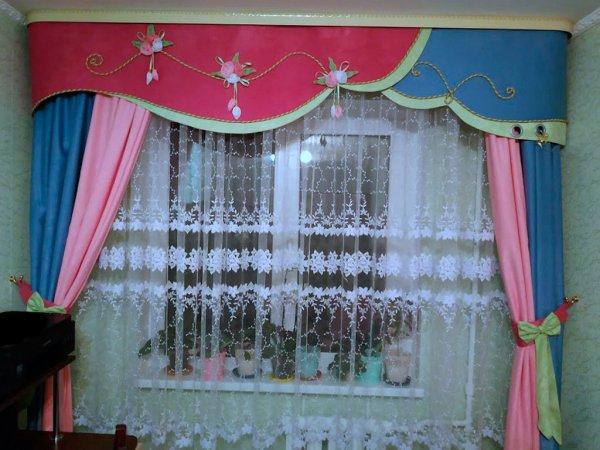 Текстильное оформление детской комнаты: шторы, покрывала